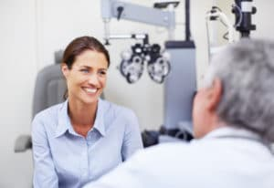 eye doctor talking with patient, Visian ICL, eye surgery Western MA, eye surgeon Springfield MA, eye care, eye services Western MA, eye care Longmeadow MA