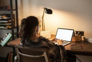 Teen girl on her laptop, eye strain, computer eye strain, reducing eye strain